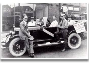 Walt Disney (in the back seat) with members of the Laugh-O-Grams staff